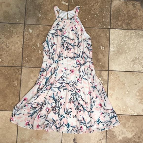 Express Dresses & Skirts - Pink Floral Dress